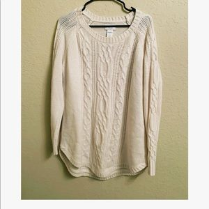 🌸 White Cable knit sweater 🌸